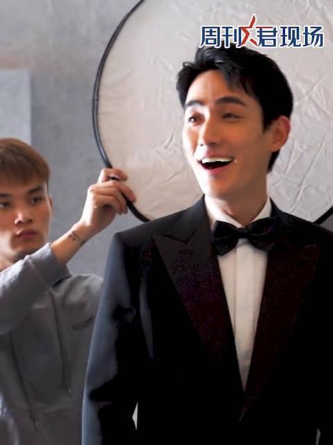 朱一龙年度演艺人物荣誉盛典拍摄花絮