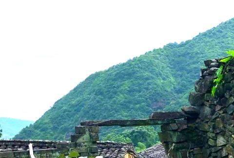 """浙江有一座古村落,村内至今还没有公路,现实版的""""世外桃源"""""""