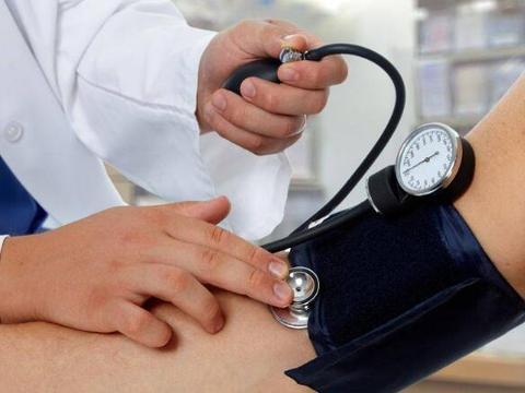 高血压患者谨记,坚持这5个原则,稳定血压,长寿也并非难事!
