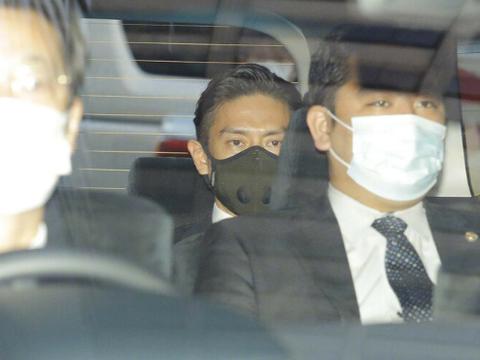 44岁日本男星涉毒被捕后初审并道歉,此前称工作压力大才吸毒