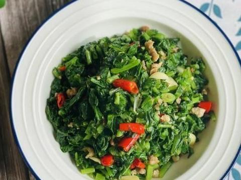 冬天,萝卜叶子别扔了,简单易学,美味下饭,不懂吃可惜了