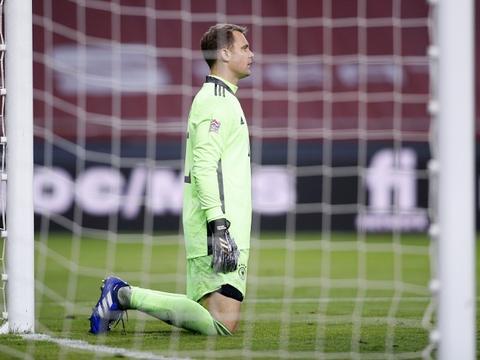 诺伊尔:拜仁现在非常自信 入围最佳门将候选让我很自豪