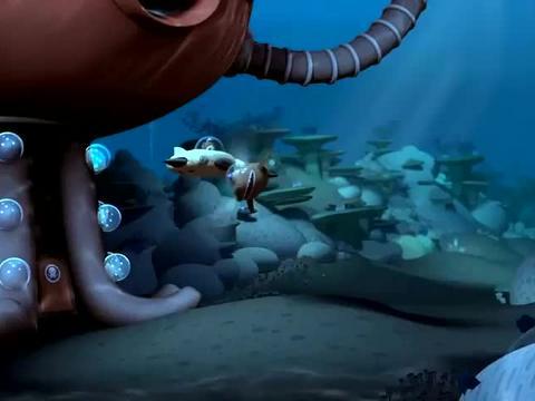海底小纵队:谢灵通驾驶皮艇,在呱唧的指挥下练习,效果并不好