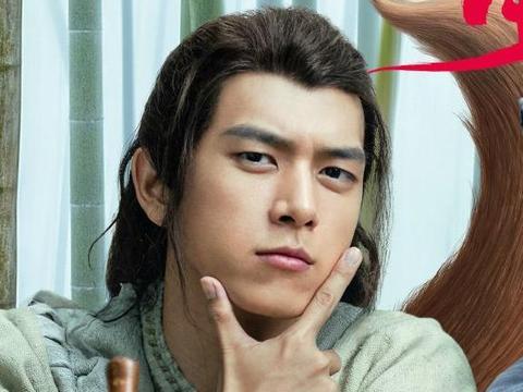 李一桐帮宣传《赤狐书生》,对李现说两字,又如何夸老板?