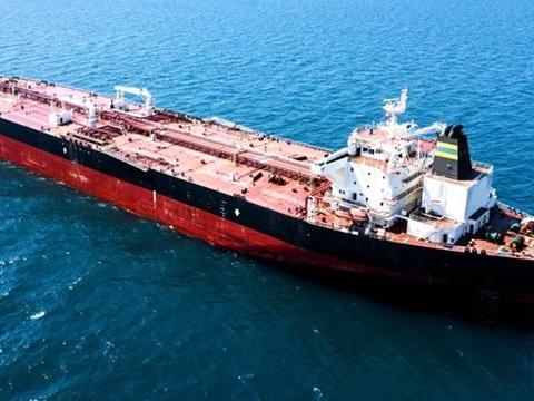 希腊油轮在尼日尼亚遭海盗劫持 三名希腊人仍被扣