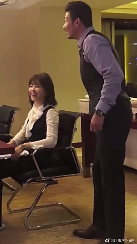 刘涛、杨烁聚首拍《欢乐颂3》……