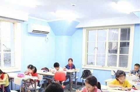 小学放学后,为什么很多家长把孩子送到托管班,而不是自己辅导?