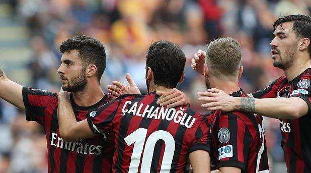 意甲赛场回顾,AC米兰4-1维罗纳
