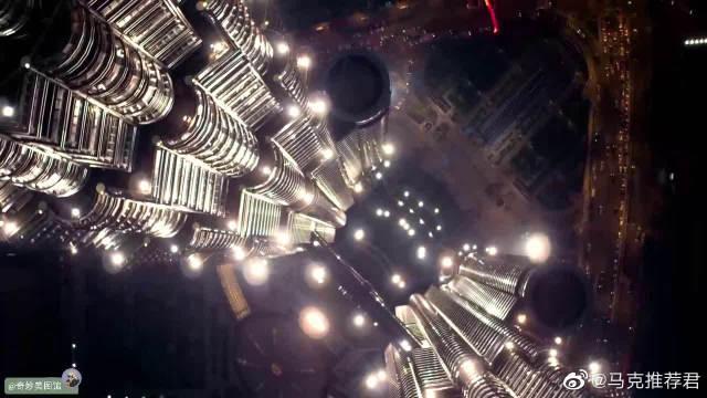 航拍:世界最高双塔楼吉隆坡石油双塔PetronasTwinTowersDroneVie……