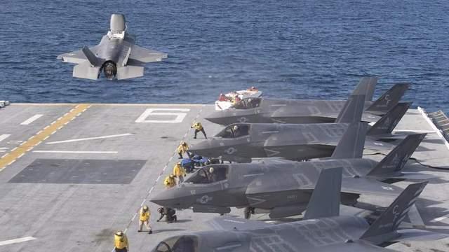 偶然火灾让美军准航母报废,专家:这种舰艇无法在东亚猖狂