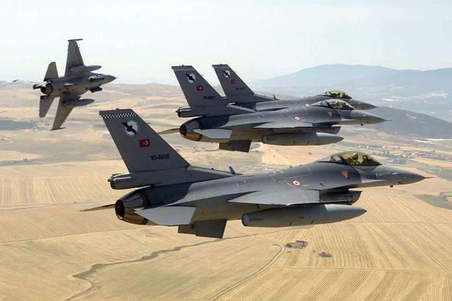 土耳其空军战力很强?曾经一次击沉击伤三艘驱逐舰,可惜为自家的