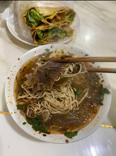 华生苑的清真牛肉汤,你们吃过吗?……