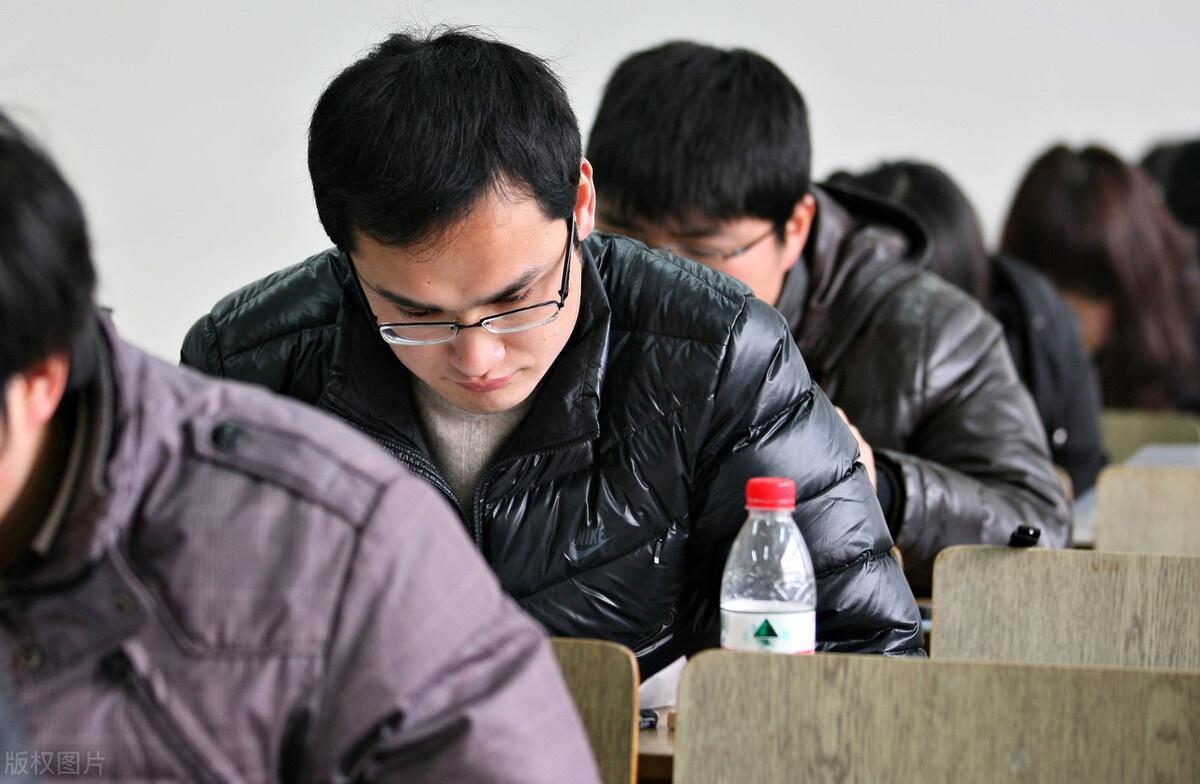 2021国考申论,多角度分析申论题型,重务实需理性