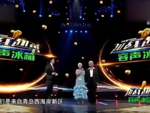 82岁大爷跟61岁老伴上央视,一段拉丁舞惊艳,杨帆:比耿为华年轻