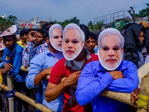 """印度首都农民抗议进入第6天,抗议者已为长期""""战斗""""做好准备"""