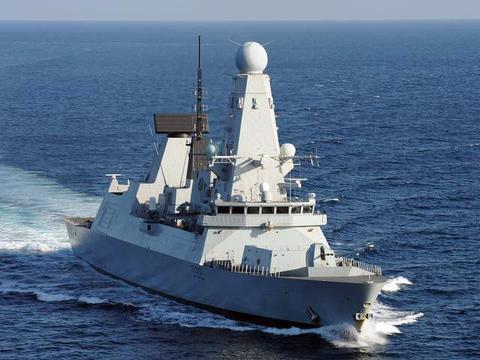 利用西方规则难为英国!俄军战舰在苏格兰外海转圈,英军无计可施