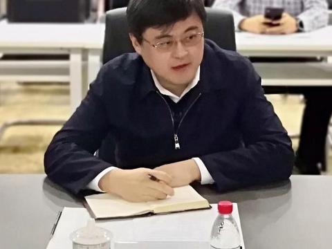 无锡市副市长周常青一行调研江苏省信创产业生态基地并交流座谈