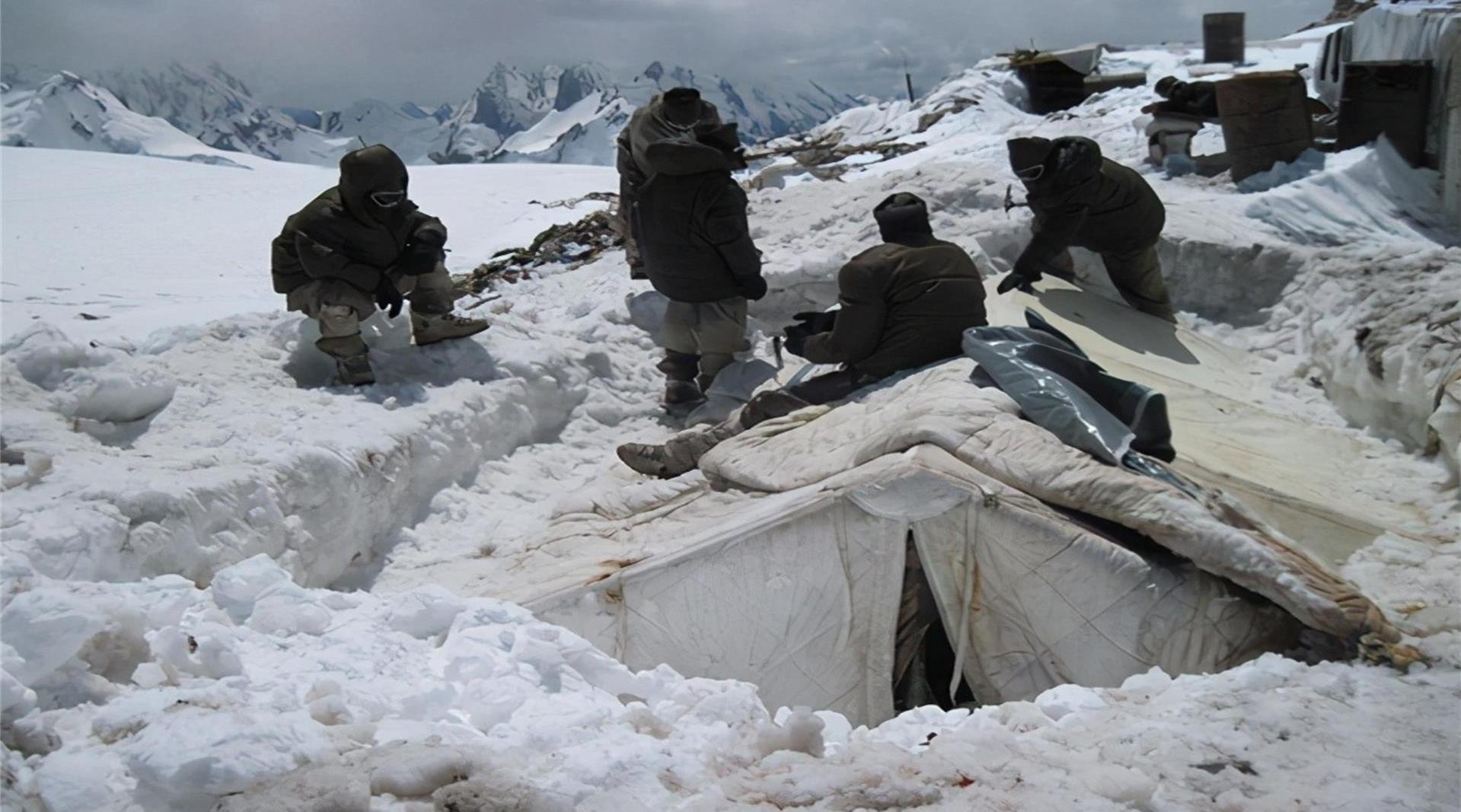 印度士兵零下50度只能露宿雪地,莫迪会因为寒冬而撤军吗?