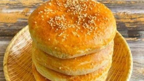 烘焙,豆沙饼的做法,饼皮脆脆的,里面柔软又香甜,朋友都爱吃