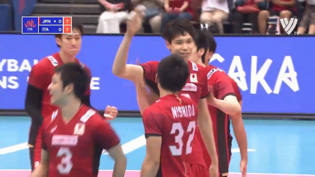 19岁的日本男排新星西田有志,你们看好他吗?