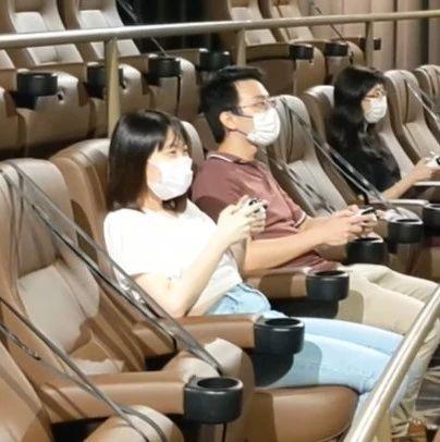 国外影院改行做起了包机房
