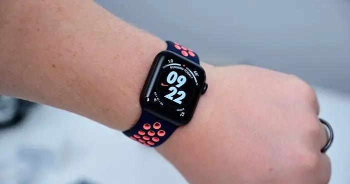 新专利显示Apple Watch表带可以提供隐藏式电池