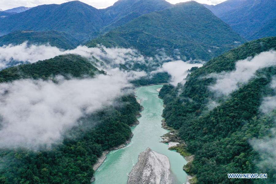 Aerial photo taken on Dec. 2, 2020 shows morning fog floating above the Yarlung Zangbo River in Medog County, southwest China's Tibet Autonomous Region. (Xinhua/Tang Tao)