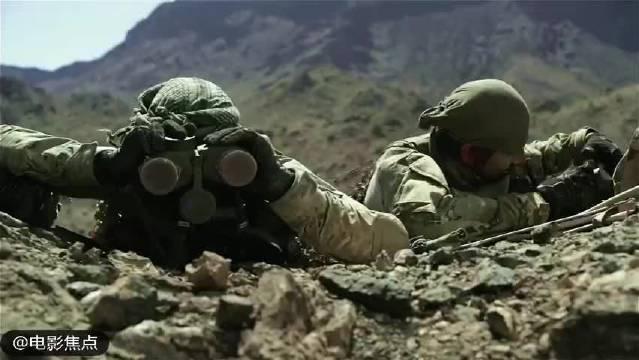 一组很爽的战争片镜头,细数一下里面都有哪些武器装备呢?