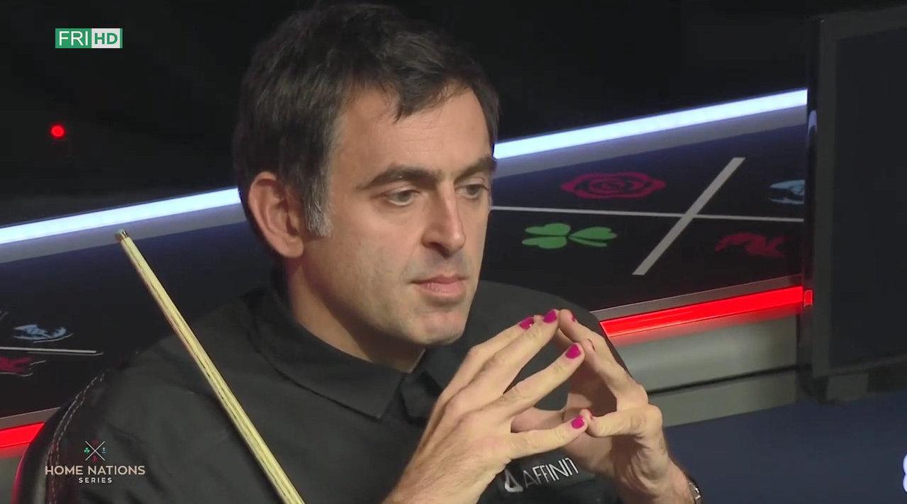 2020年英格兰公开赛集锦,一眼就看到了火老师的粉指甲……