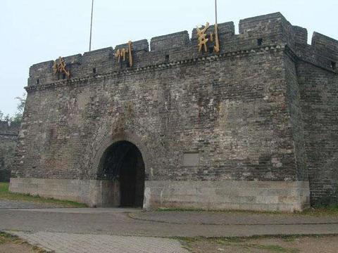 """中国保存最好的古城墙之一,有""""江南完璧""""之称,据传为关羽所建"""