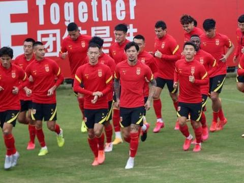国足有望明年1月组织新年首训足协全面考虑归化球员行程