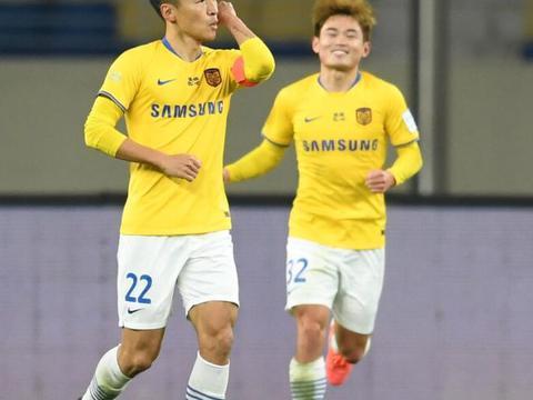 2-0晋级!足协杯第二支4强队诞生,上港再次收到好消息