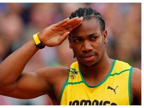 19秒26,一个险破博尔特200米世界纪录的成绩,因反应时严重缓慢