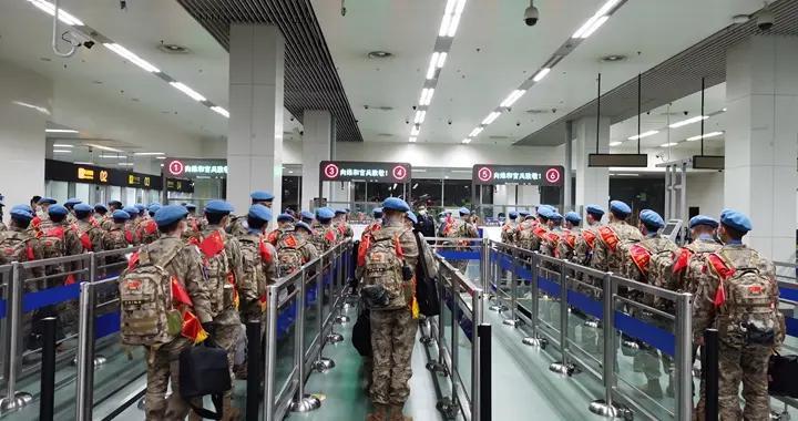 中国第11批赴南苏丹(瓦乌)维和部队第二梯队从石家庄出发