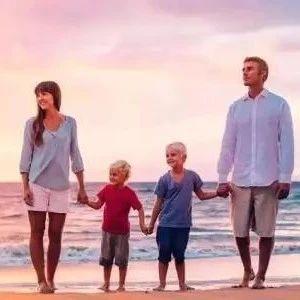 长大后胆小自卑的孩子,多半生在这3种家庭!