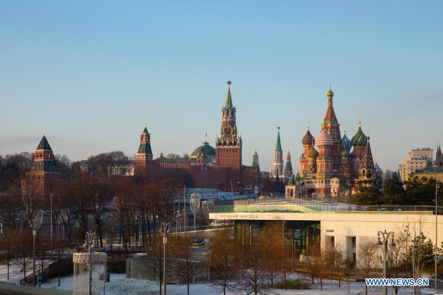 Photo taken on Dec. 2, 2020 shows the Saint Basil's Cathedral and the Kremlin in Moscow, capital of Russia. (Xinhua/Bai Xueqi)