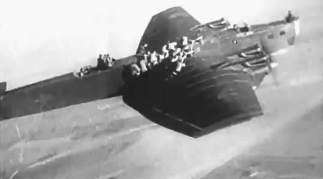 从图波列夫TB-3轰炸机上跳伞的苏联伞兵感觉一定不会太好