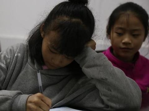 """深圳""""快乐童年""""的今天,小学没吃过的苦,全是初中心里的悔"""