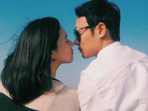 """热恋期接吻时,从男友手放的""""位置"""",可以看出他是否真的爱你!"""