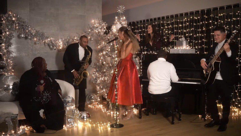 驴娜Leona Lewis最新电台节目表演个人圣诞金曲One More Sleep……