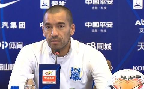 范布隆克霍斯特:我的表现留给他人评价 中国有希望成为亚洲强队