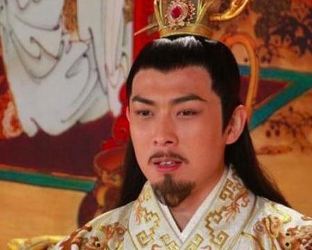 草根的逆袭,凭借顽强毅力,成了南朝的开国皇帝,陈霸先