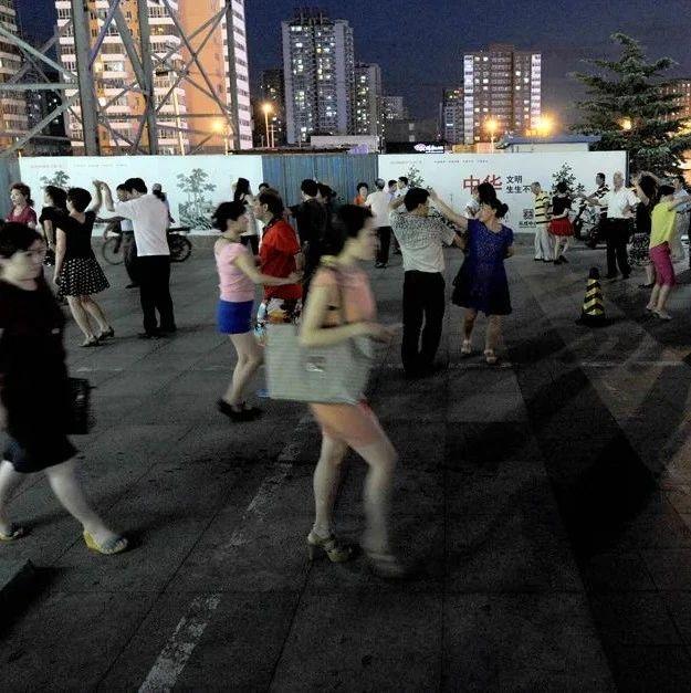 这里规定了:晚9点后,不准跳广场舞!