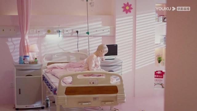 婷婷因为身患白血病被父母抛弃不管不顾……