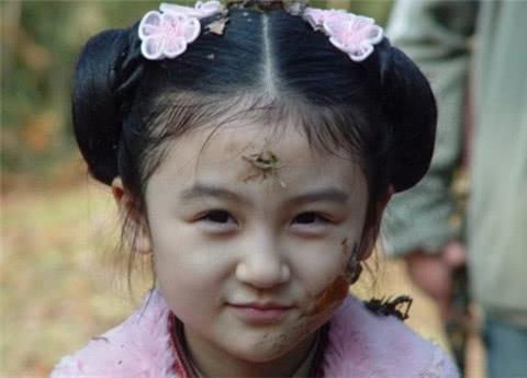 她是《花千骨》的幽若,也是《倚天》的杨不悔,如今美到认不出!