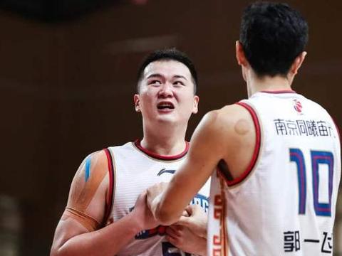 广东宏远总冠军成员被弃用!名帅下狠手 表现糟糕让人失望
