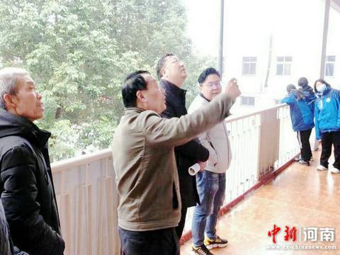 许昌实验中学副校长赵阳一行开展冬季校园安全隐患巡查