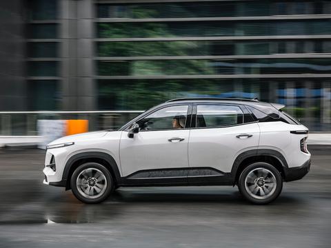 汽车下乡补贴 买车更划算 6万多开走智能安全的新宝骏RS-3
