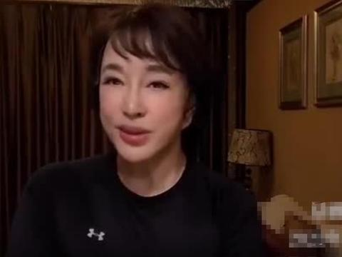 刘晓庆脸有些变形,明明就是个老奶奶了,非要修成多年轻的样子!