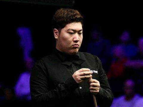 英锦赛冠军?斯诺克中国磨王再传喜讯,一战绩位列英锦赛8强榜首